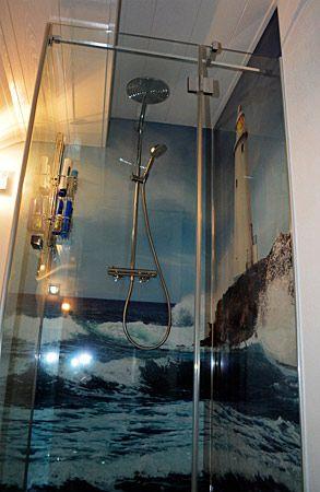 dusche mit leuchtturm r ckwand g stebad pinterest r ckwand leuchtturm und duschr ckwand. Black Bedroom Furniture Sets. Home Design Ideas
