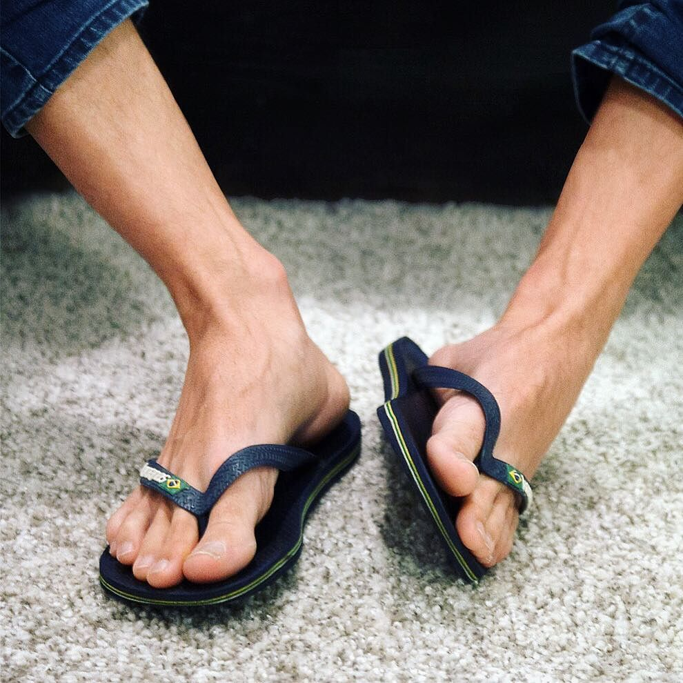 Pin By Fred Flinstone On Flip Flops Male Feet Barefoot