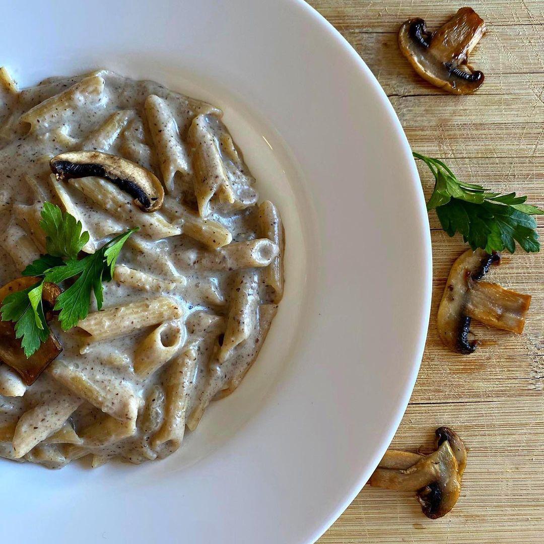 Entrena Con Ainhoa On Instagram Pasta Con Salsa De Champiñones Ingredientes Para Dos Personas Salsas Para Pastas Pasta Integral Salsa De Champiñones