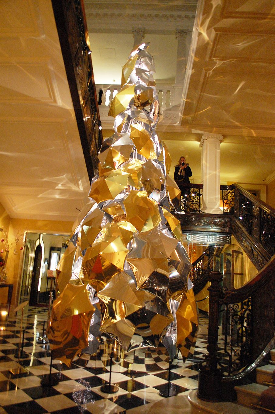 Umbrella Christmas Tree Uk.Damien Hirst Christmas Trees Christmas Trend Report Vm