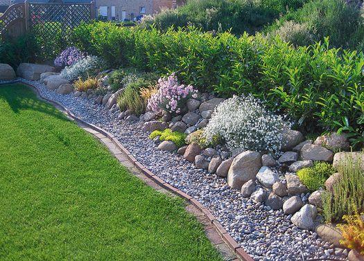 Aus Liebe zum Stein Beeteinfassung Garten Pinterest Gardens - garten mit grasern und kies