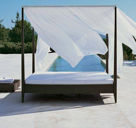 sunlace himmelbett im farbton dunkelbraun wirkt modern und. Black Bedroom Furniture Sets. Home Design Ideas