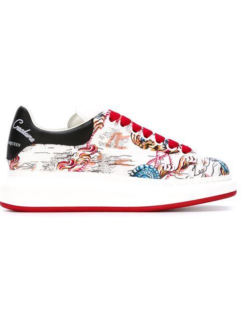 ALEXANDER MCQUEEN Extended Sole Sneakers. #alexandermcqueen #shoes #sneakers