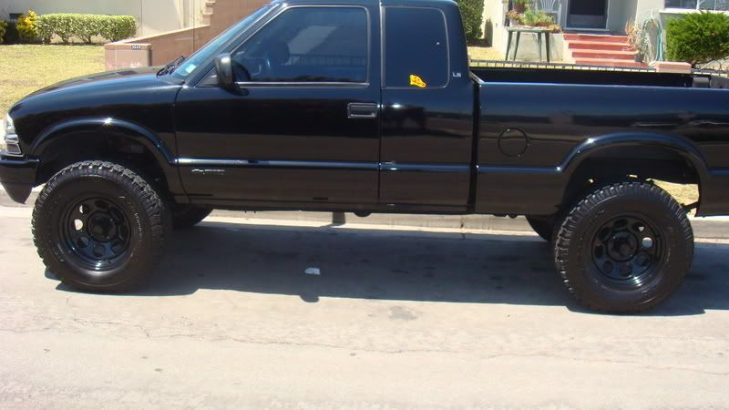Chevy s10 lifted side rides pinterest chevy s10 lifted chevy chevy s10 lifted side publicscrutiny Choice Image