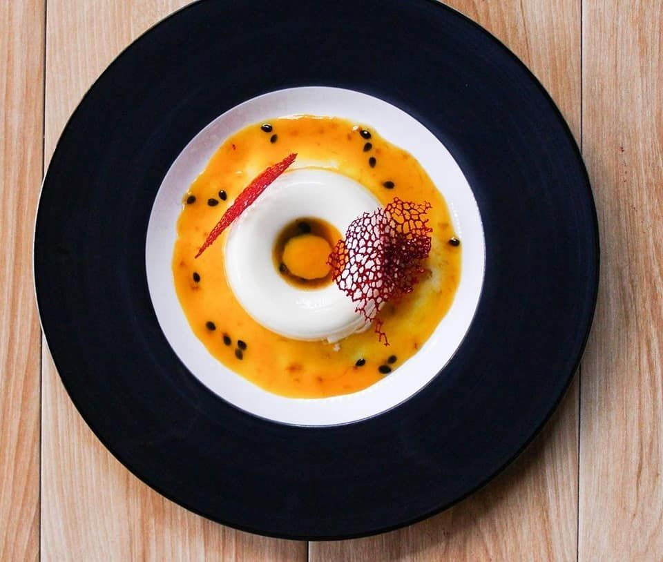 Everyday is MANGO-nificient with our mango and passionfruit coulis with traditional panna cotta! Come by and try this summer menu special at your nearest Little Italy.