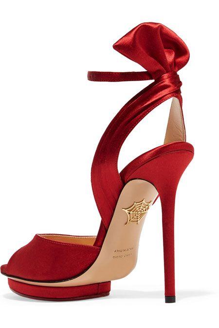 FOOTWEAR - Sandals Charlotte Olympia OfEhG