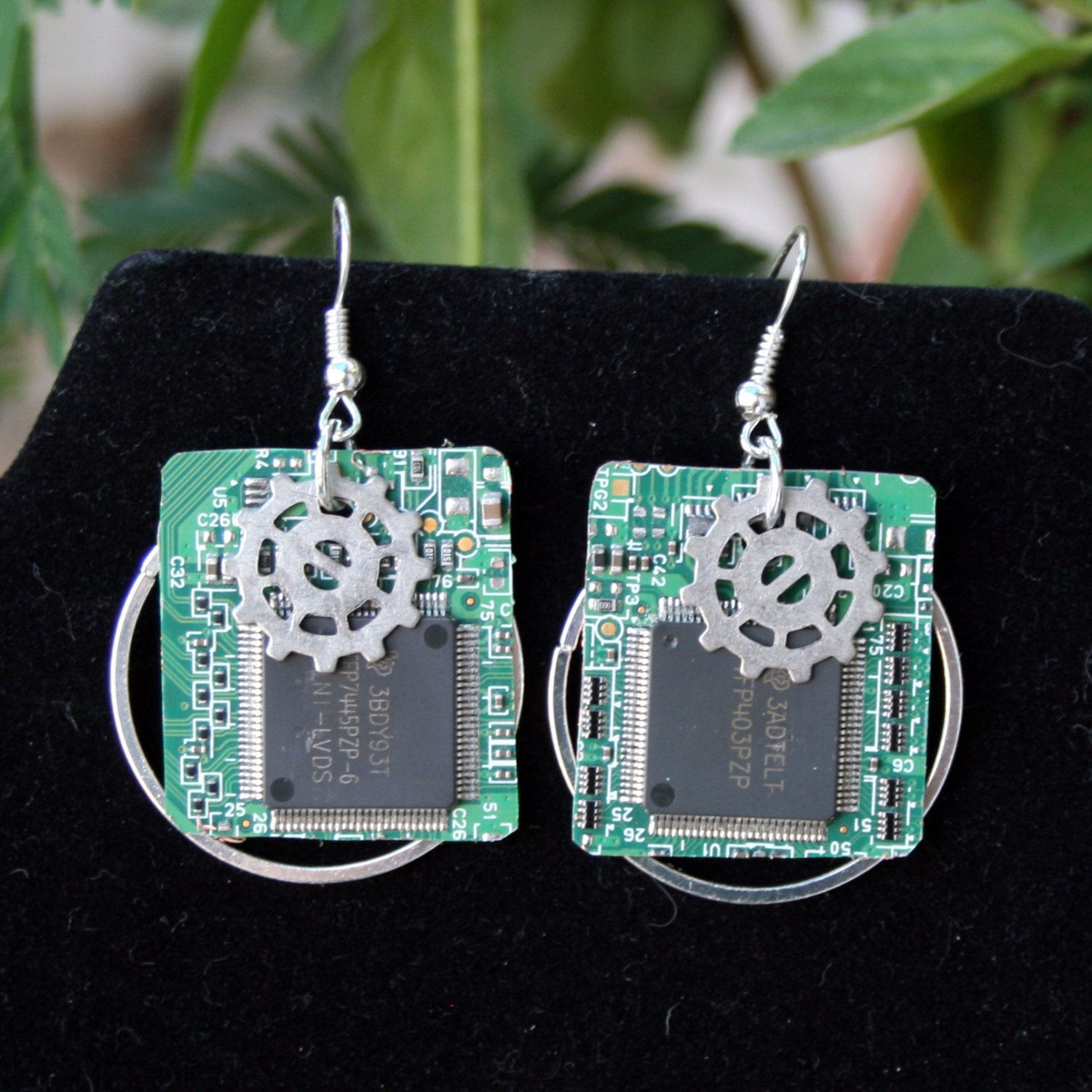 The Engineers Turned Artists At Techcycled Make Jewelry Recycled Circuit Board Earrings Steampunk Vintage Wire Wrapped Geek Chic Made From Up Cycled Computer Parts Very Light And