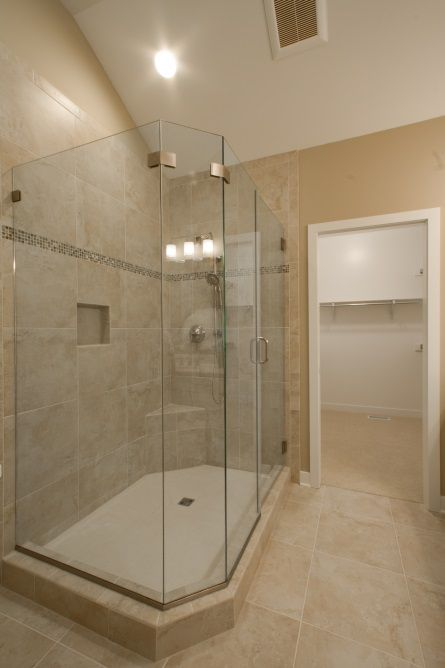 Master En Suite Bath Glass Custom Ceramic Shower