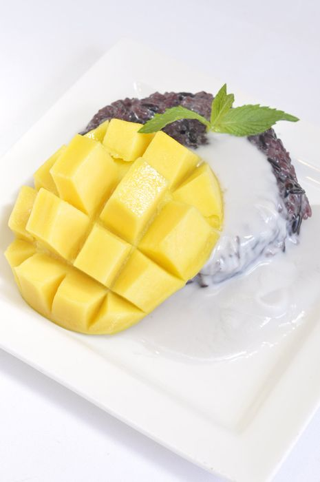 Thai mango with black sticky rice | Asian desserts, Thai ...