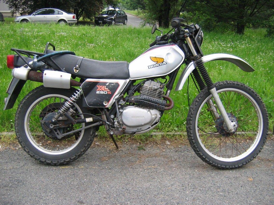 Honda Xl 250 S Honda Old Motorcycles Honda Scrambler [ 852 x 1136 Pixel ]