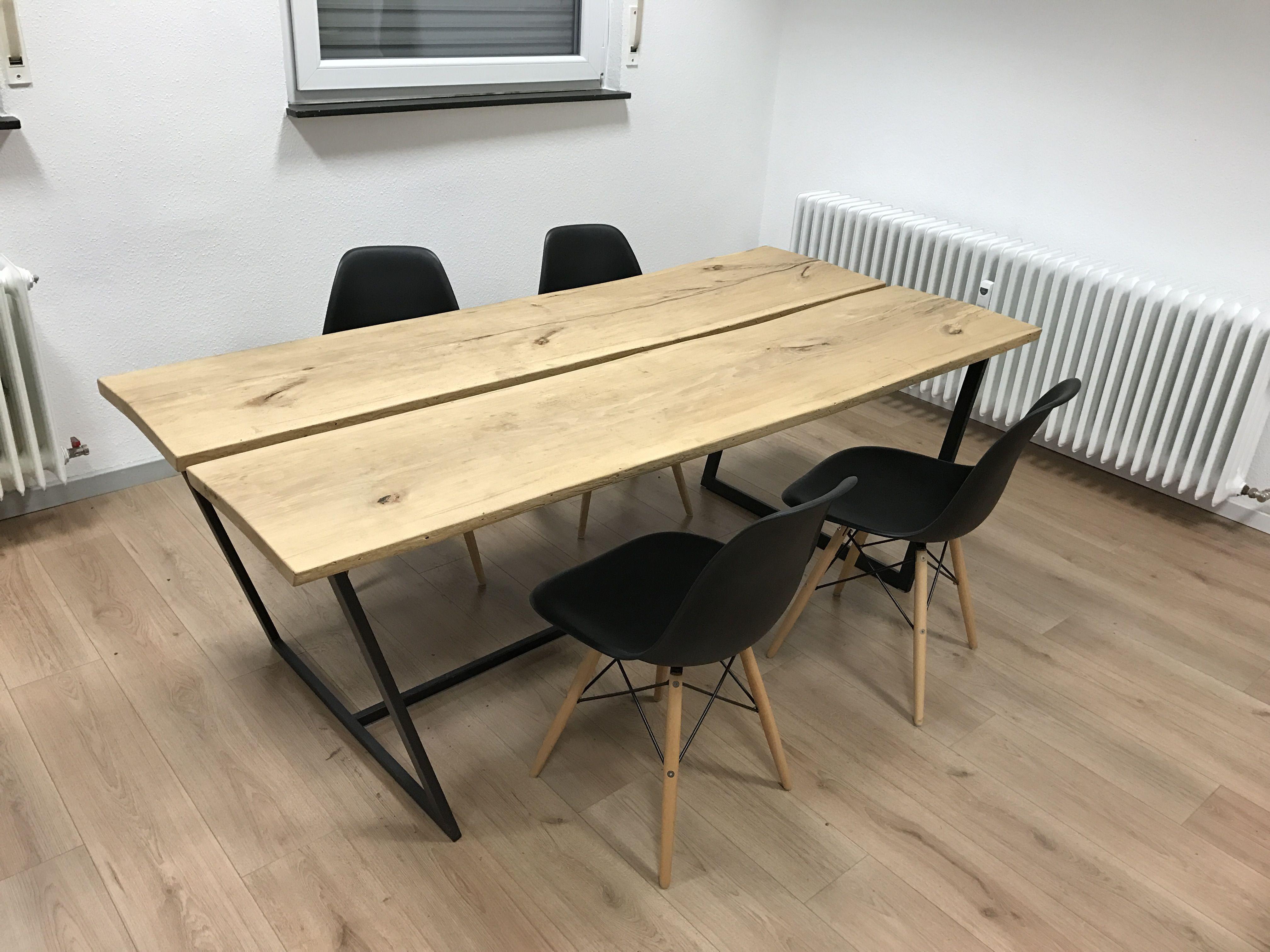 Holztisch mit Metallgestell | Holztisch mit metallgestell ...