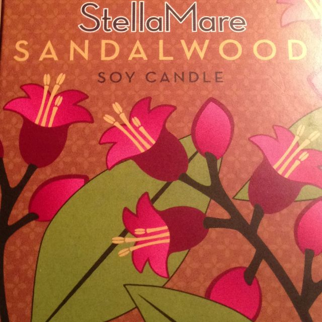 Stella Mare Soy Candle - Sandalwood Scent .... My new favorite candle scent. Love it.