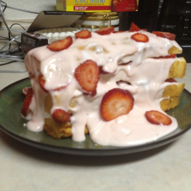 Strawberry shortcake dessert my awesome mother in law made tonight!