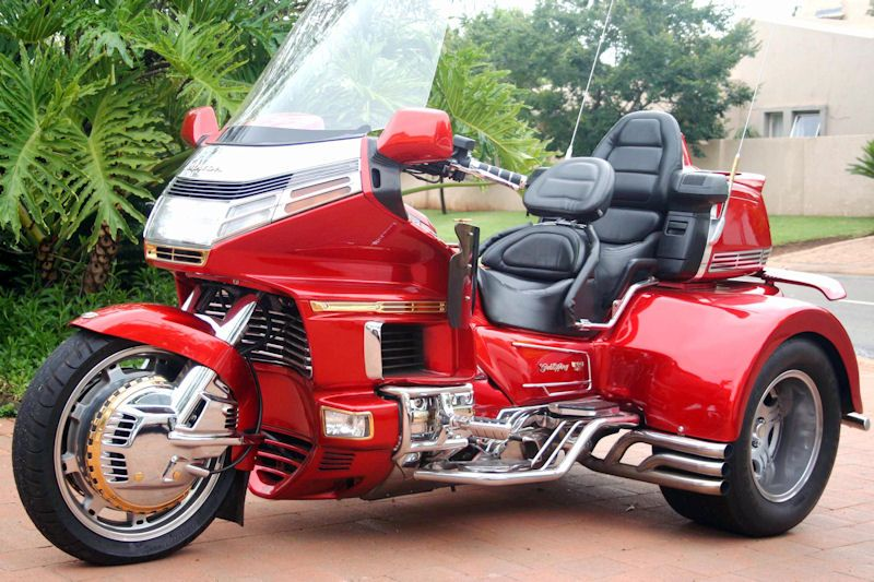 motorcycle trike picture of a 1993 honda gold wing se special