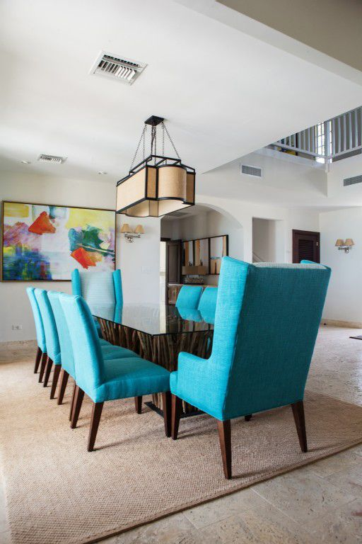 House Of Turquoise Villa Pima In Turks And Caicos Dinning Room Chairs Turquoise Dining Room Dinning Chairs