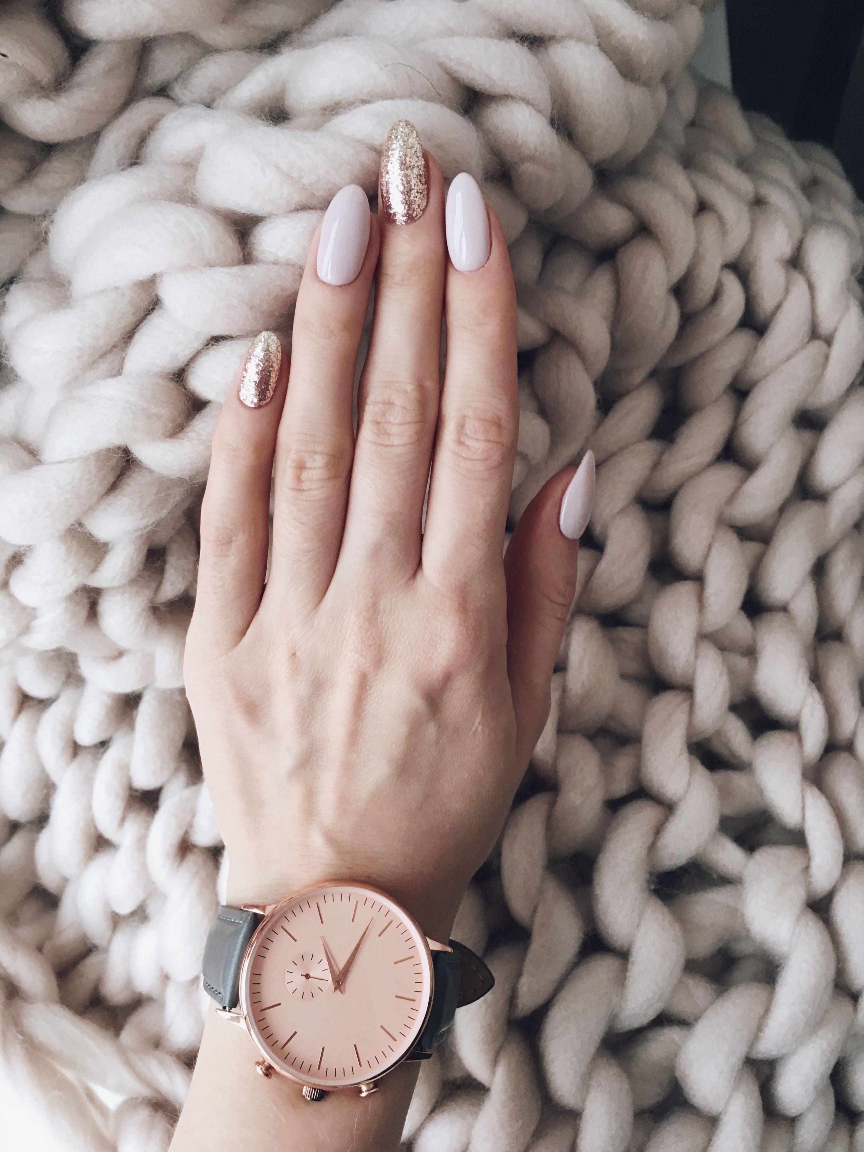 Rose gold glitz nails