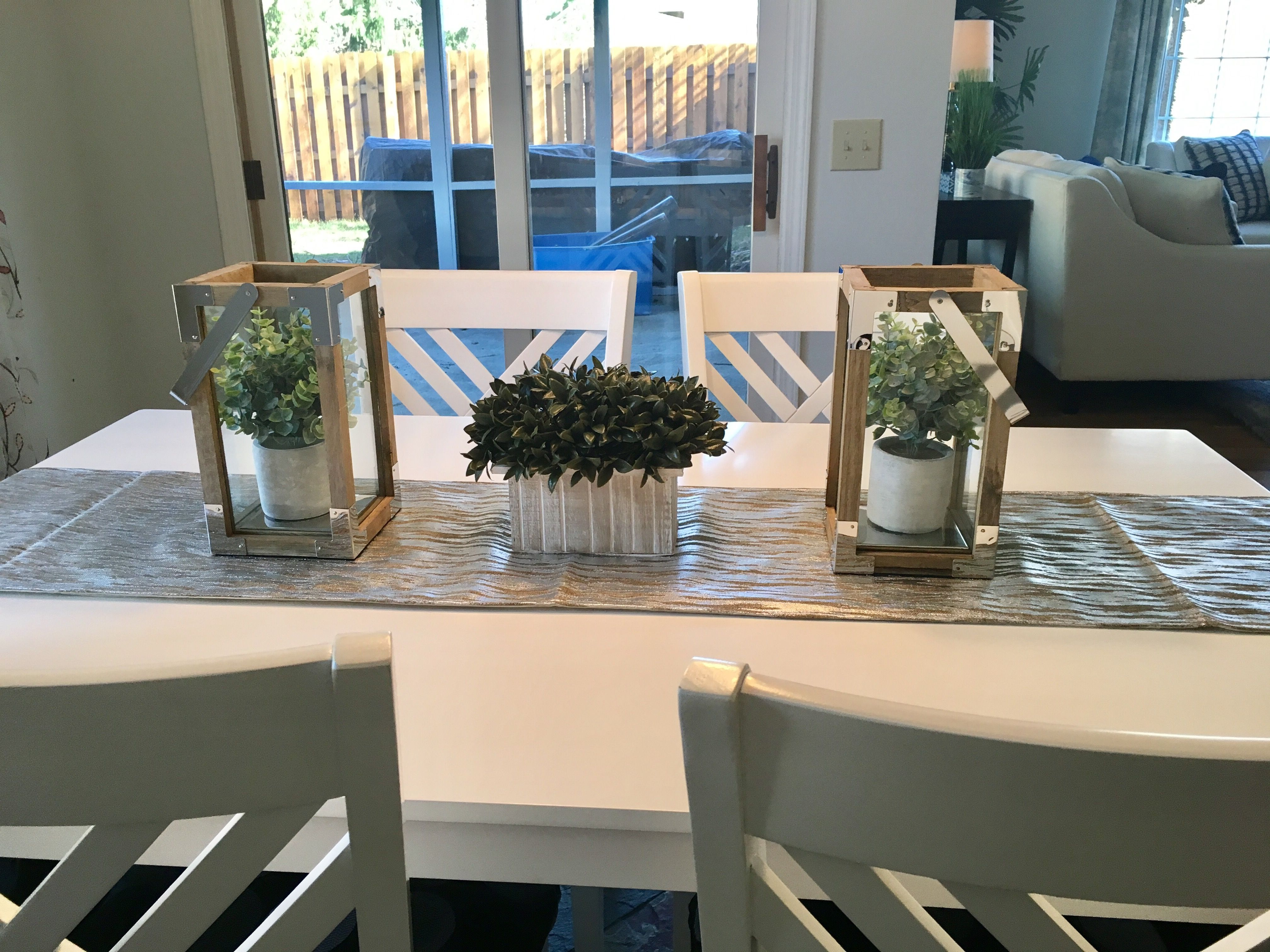 A Simple And Inexpensive Way To Dress Up A Casual Dining Table