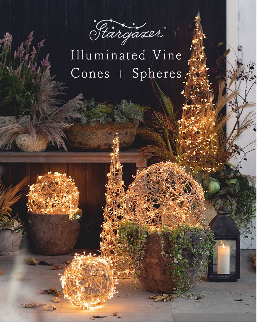 Holiday Landing TRIM THE TREE, DECORATE, and ENTERTAIN