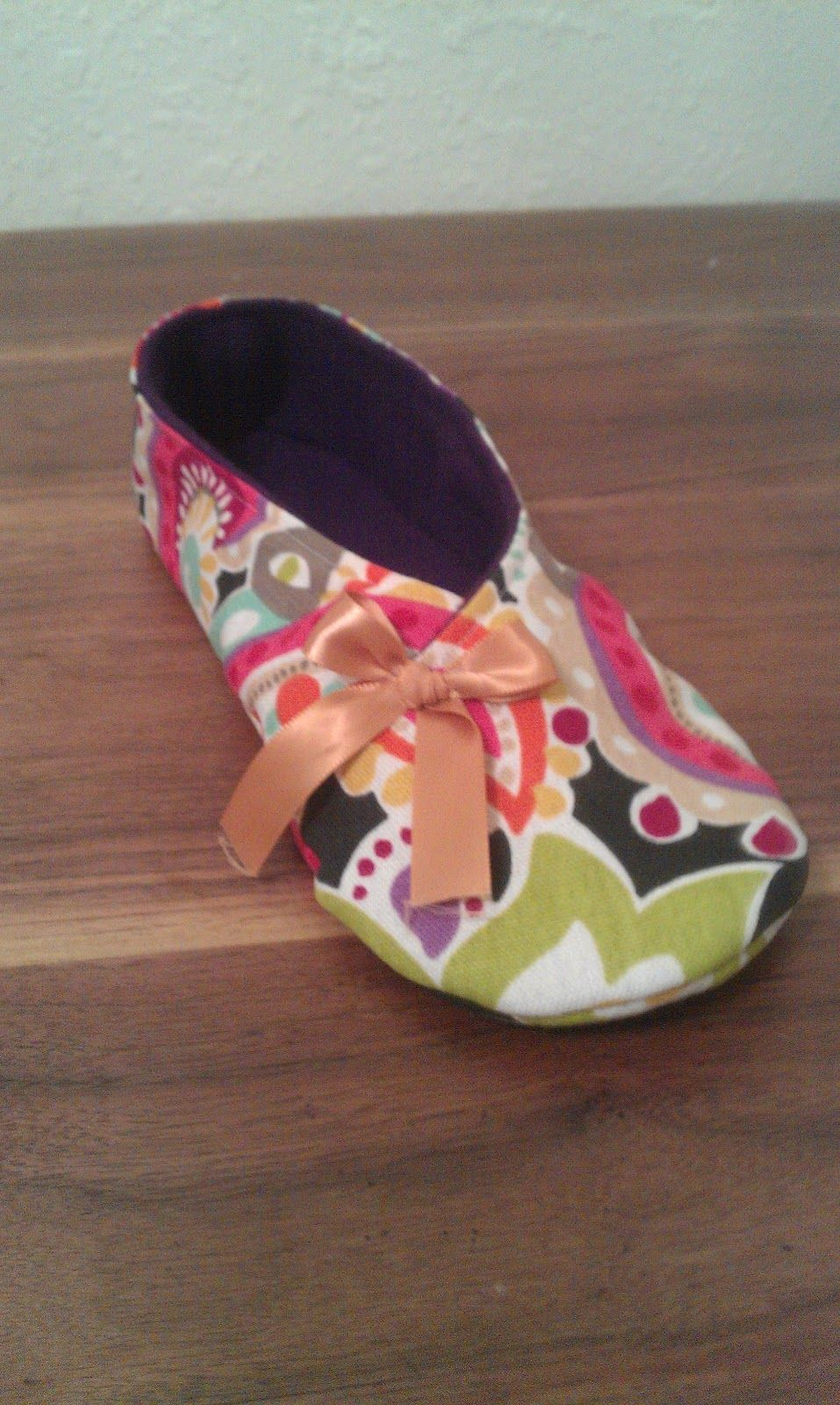 Lauren E Fabrications: Kimono Slipper Tutorial, might be a great ...