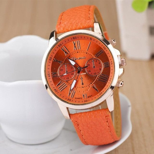 MINHIN Multi Colores Belt Quartz Wristwatches Women Lovely Design Watches Roman Numerals Leather Band Wrist Bracelet Watches