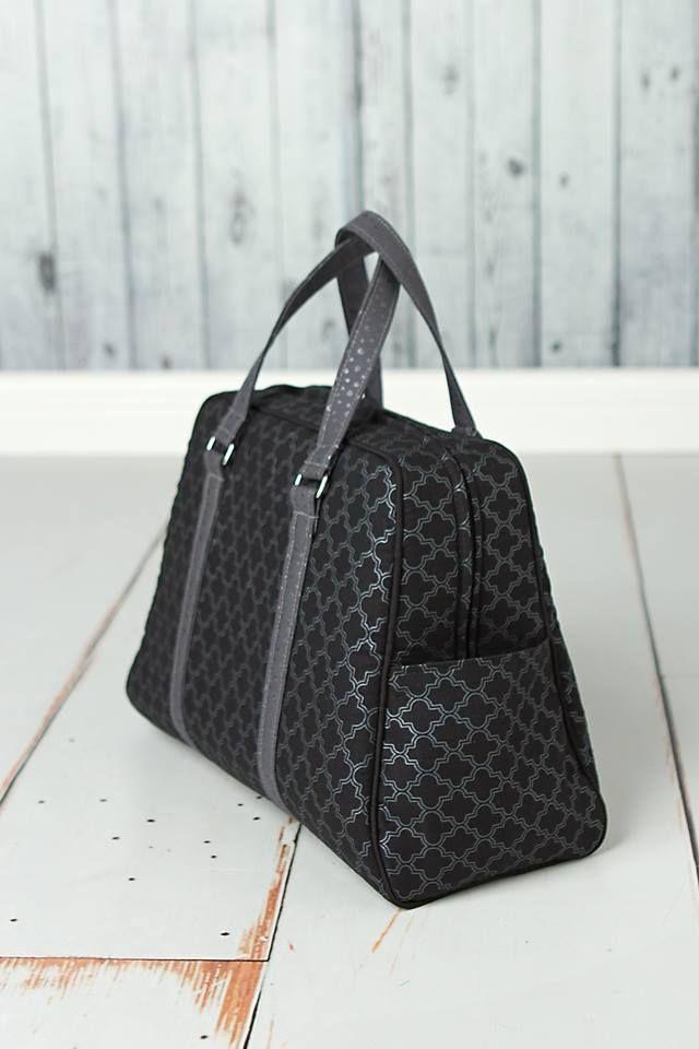 4d94cdd79a7d Vivian Handbag   Traveler