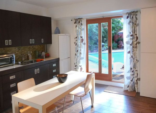 30 Modern Curtains To Adorn Your Sliding Glass Doors In Style Studio Apartment Kitchen Small Bedroom Remodel Remodel Bedroom
