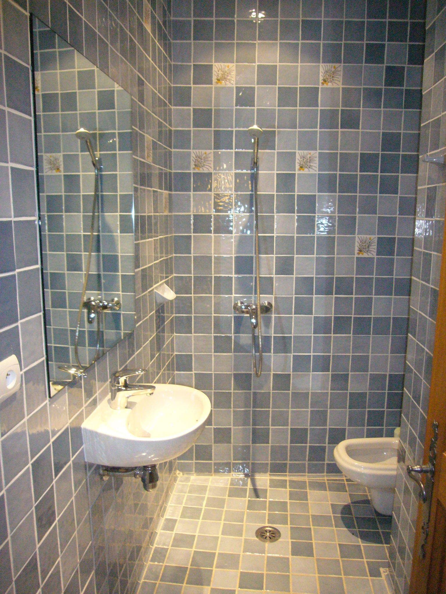 Plan 1 Toilet And Shower Sharing Space Wetroom