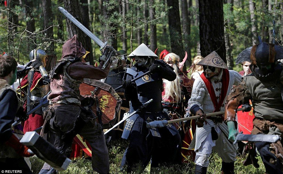 World of Warcraft Gamers Head To The Forest For A Real-Life Re-enactment Of The Fantasy Game - Gamerize