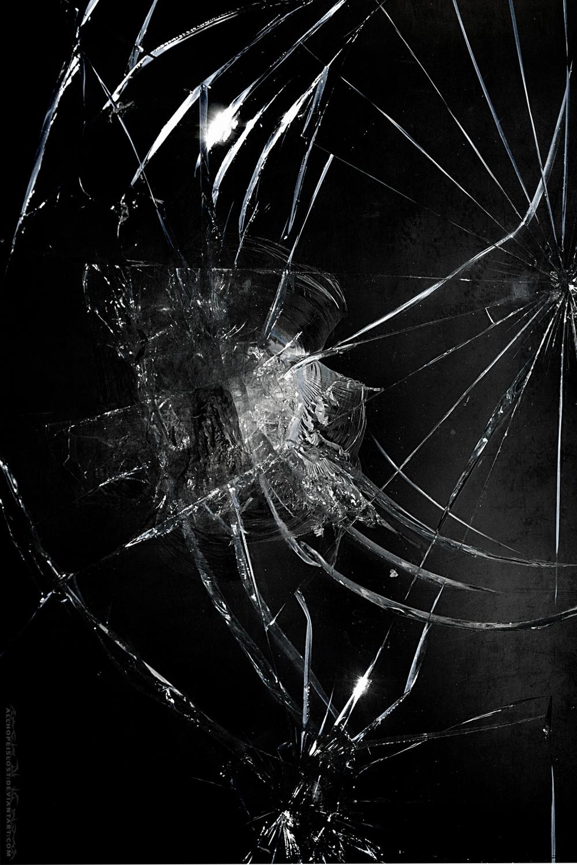 Pin By Nabilah Yasin On Black Picture In 2020 Broken Screen