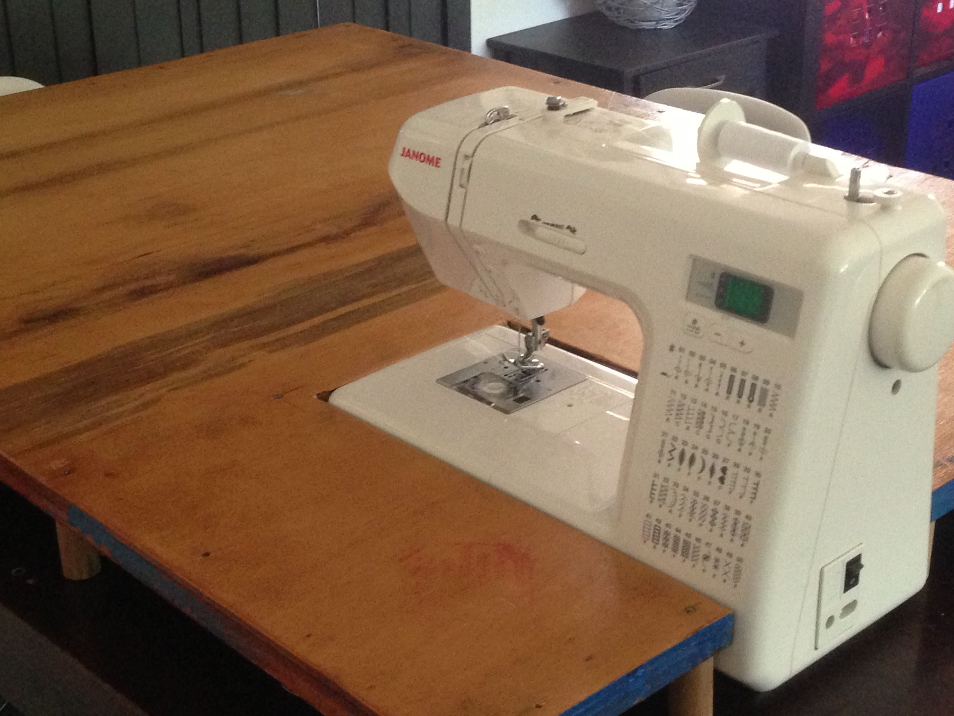 DIY: Sewing Machine Extension Table. Not so wide in the front ...