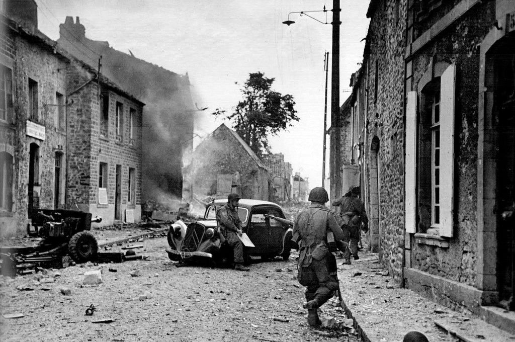 U.S. 82nd Airborne Division, Saint-Sauveur-le-Vicomte, by Robert Capa, France, June 16, 1944