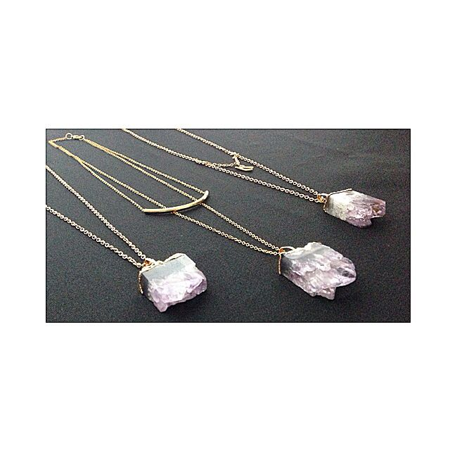 Quartz necklaces...  Only 1 available  A perfect HOLIDAY gift  Get yours today  For APPOINTMENTS, PRICES or INFO pls thru TEXT ONLY 787.605.3404 11-8pm  WE SHIP WORLDWIDE