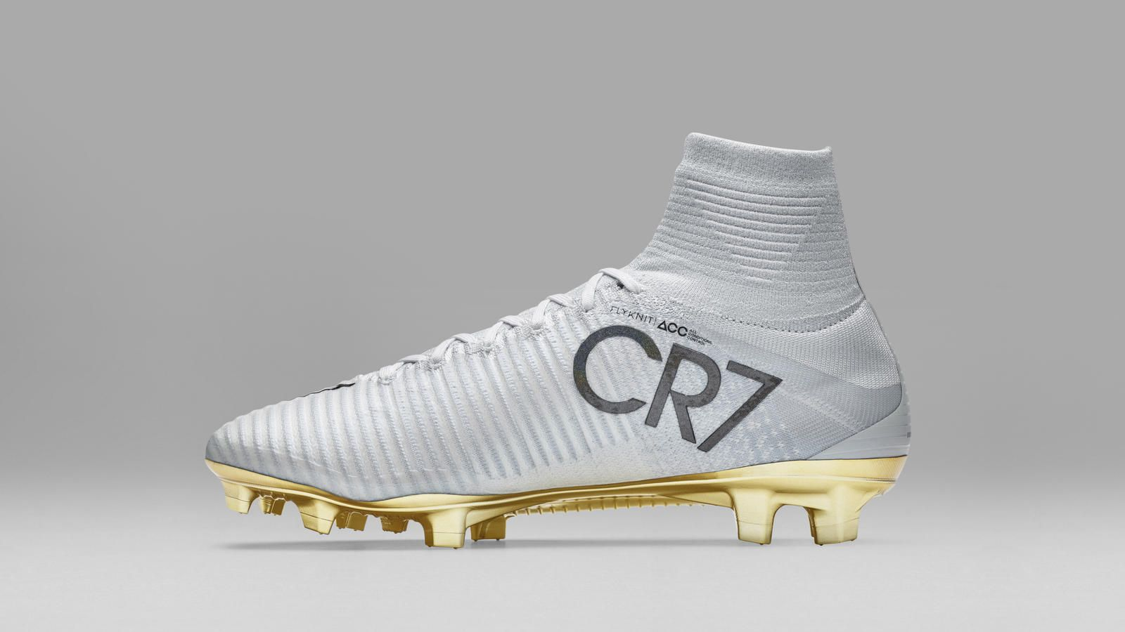 Nike News - Nike Pays Tribute to Cristiano Ronaldo s Tremendous Year With  Limited-Edition Mercurial Superfly CR7 Vitórias 01ada37cfbbb7