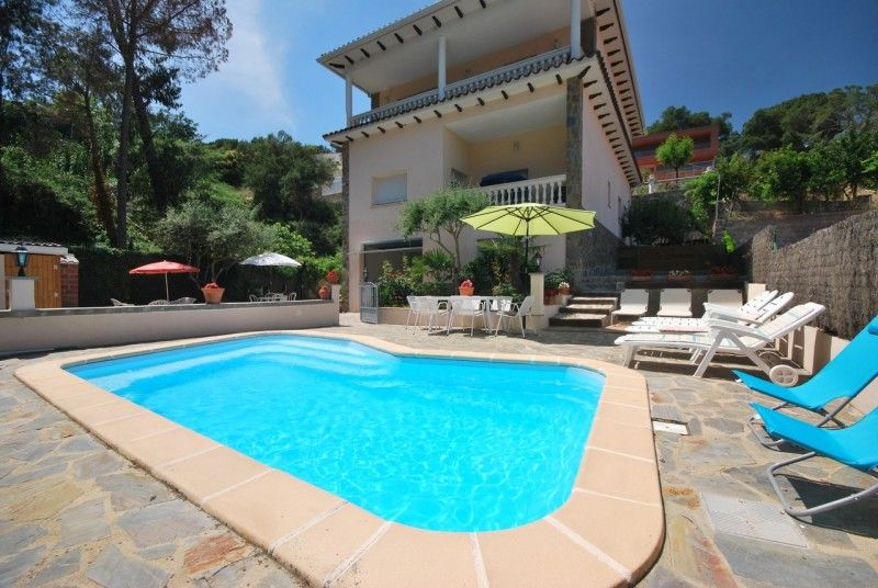 Villa Germana, Lloret de Mar, Costa Brava VOYAGE Pinterest Villas