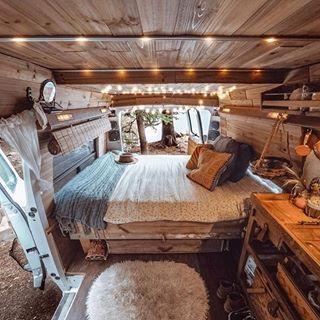 Photo of Majestic set up! 🚐✨ Photo by @the_wayward_blonde #projectvanlife #Login