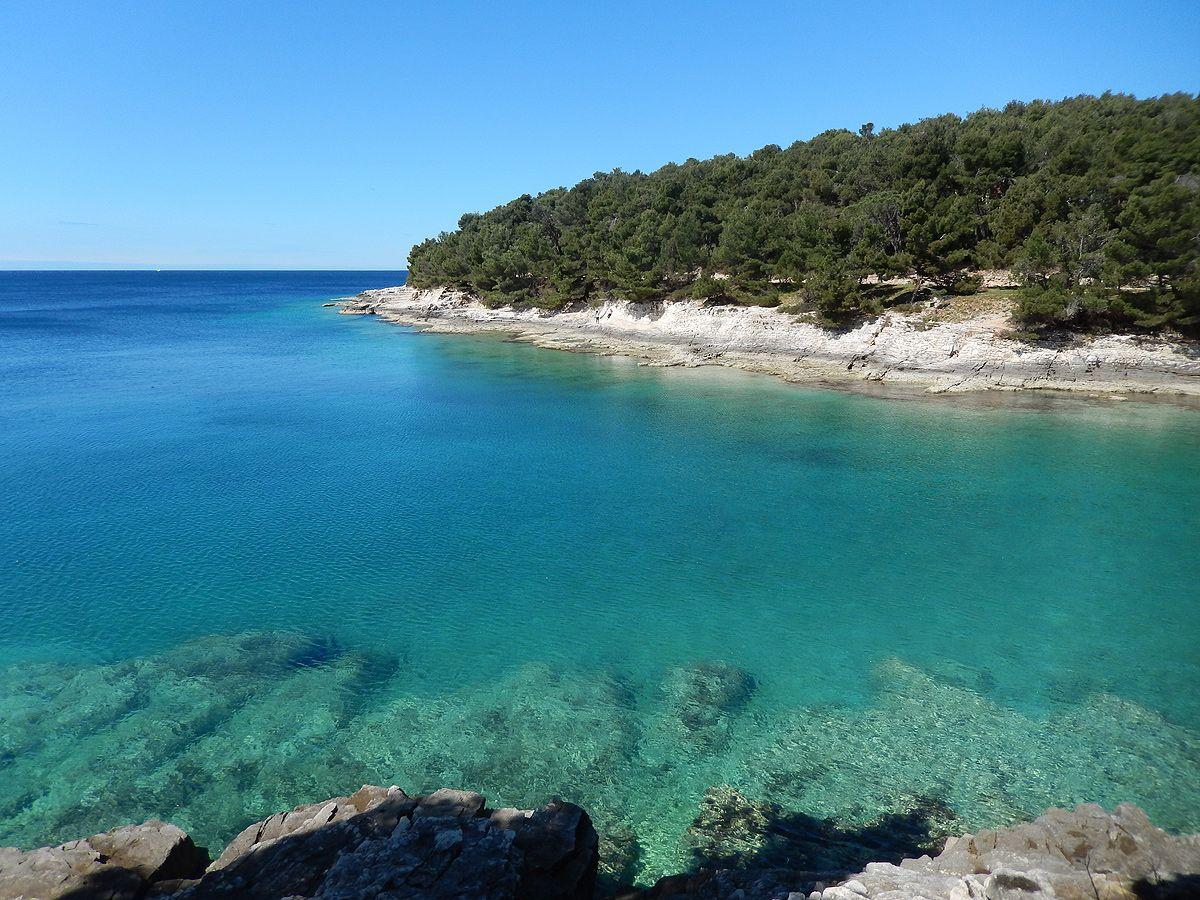 Strande Entlang Des Lungomare Und Die Bucht Gortanova Uvala