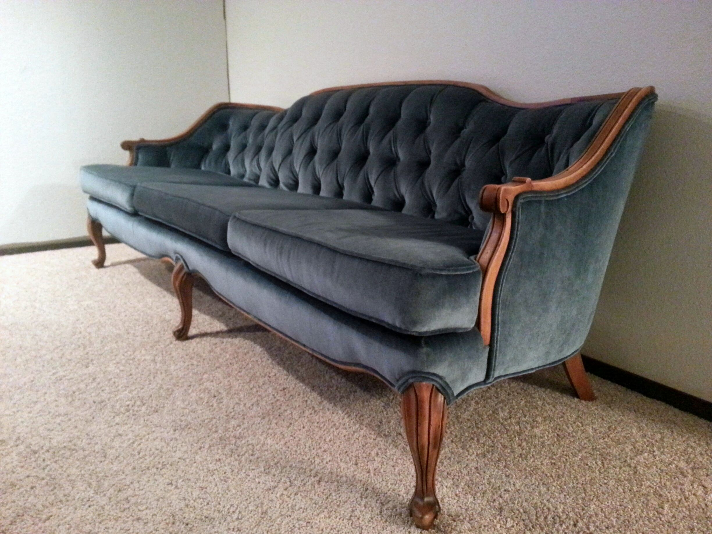 French Provincial Sofa Upholstery Ideas