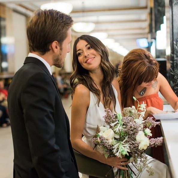 Civil Wedding Ideas: 29 City Hall Weddings That Prove Less Is More