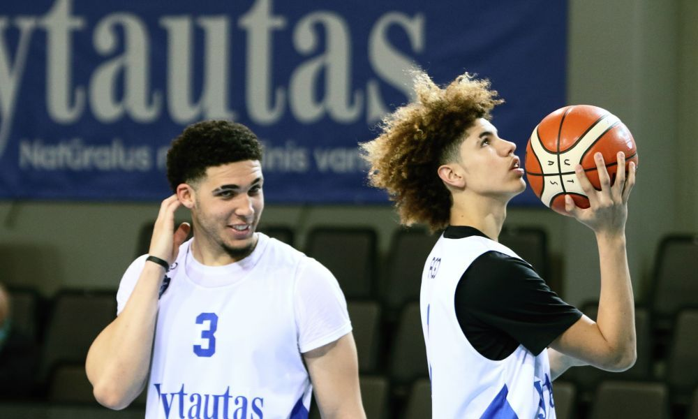 Russian Powerhouse Reportedly Interested In Liangelo Ball Hairstyles Liangelo Ball Lamelo Ball