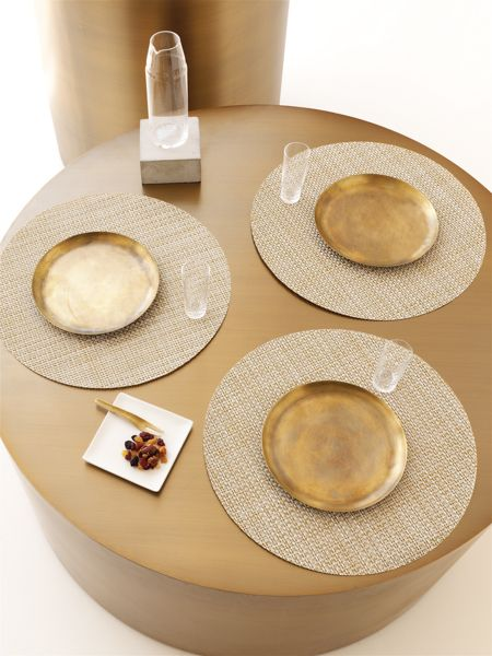Chilewich New Collection Weaving With Silver And Gold Round Placemats In White Gold Basketweave Chilewich Modern Entertaining Entertainment Table