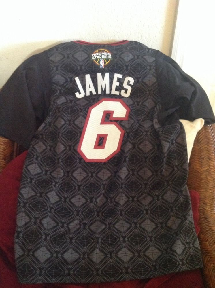 Lebron James Miami Heat  6 Christmas NBA Short Sleeves BlackJersey Size S  Mens  41f5dfff1