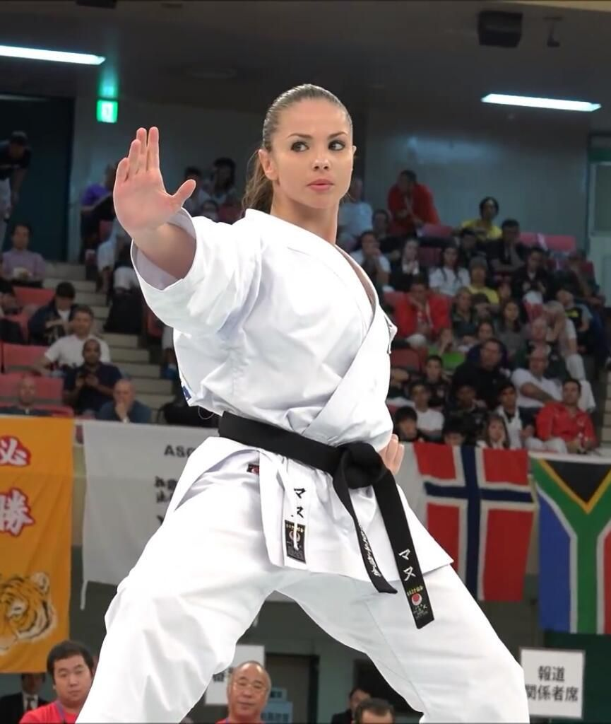 Happy Texans Fan On Martial Arts Women Martial Arts Girl