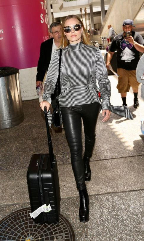 2c1e736d850876 Margot Robbie | Outfit Inspiration | Leather pants, Pants, Leather