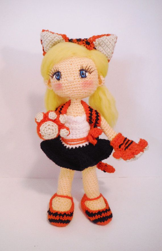 Hey, I found this really awesome Etsy listing at https://www.etsy.com/listing/223115993/crochet-pattern-amigurumi-doll-witch-pdf