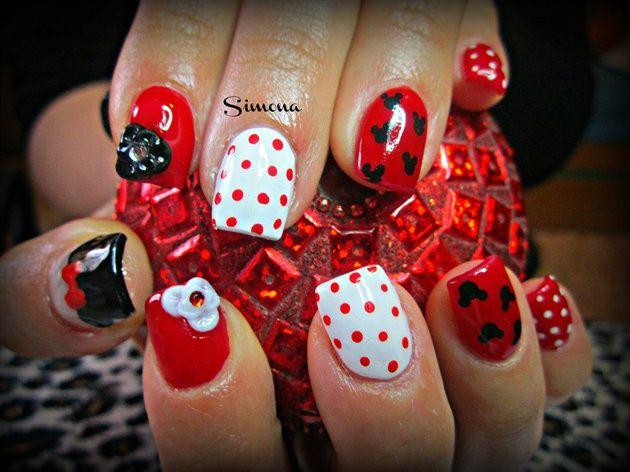 Michy Mouse By Simonaleucht Nail Art Gallery