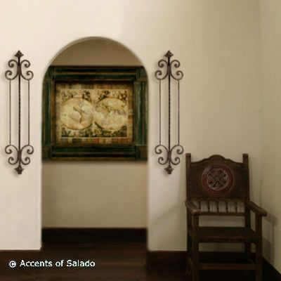 Spanish Colonial Style Wall Decor: DECORATING WITH WALL ...