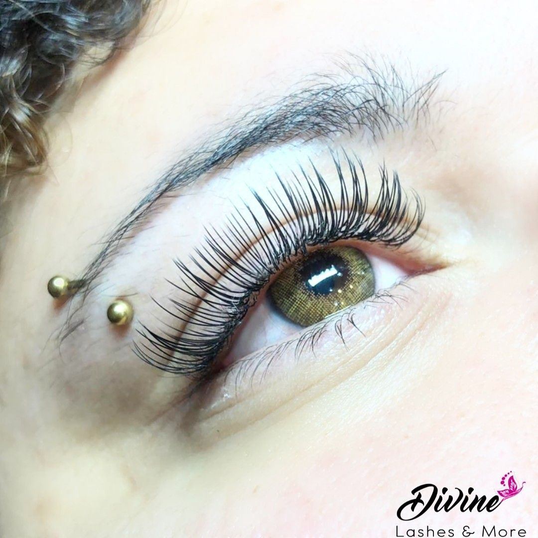 These are the lightest and softest lashes you could ever