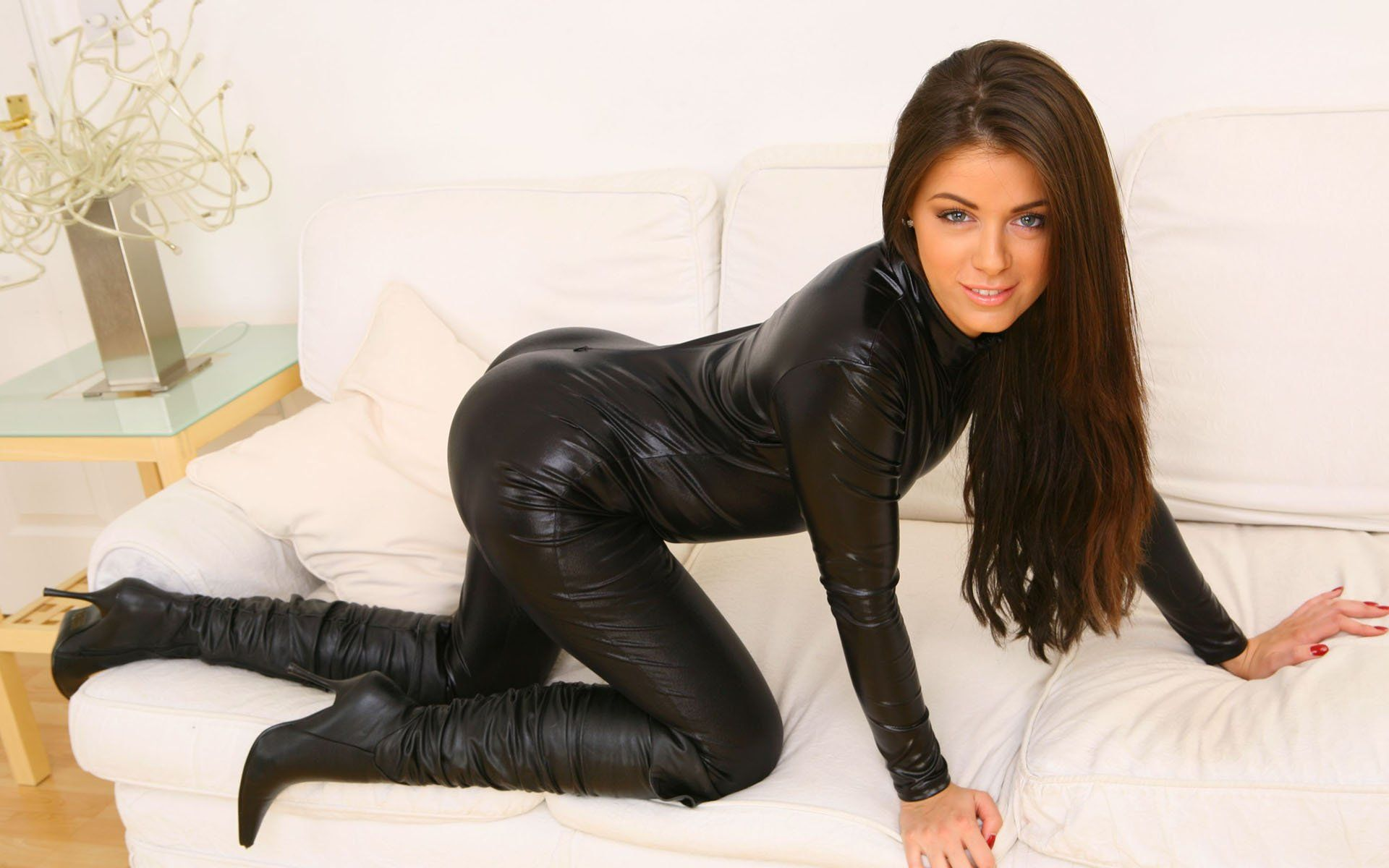 natalia-phillips-bending-over-boots-brunettes-catsuits-wallpaper