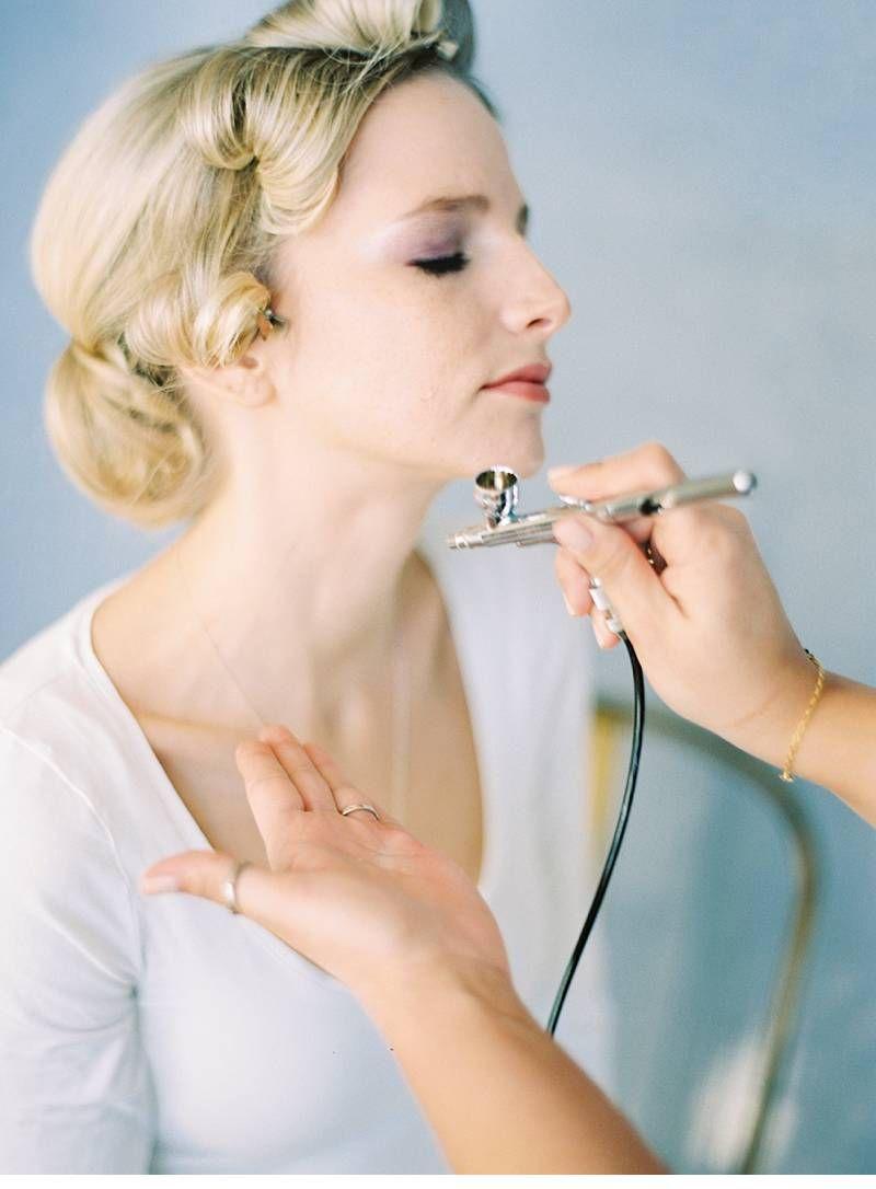 Airbrush make-up by Make-Up Artist Angie Winkelbauer, photo: Melanie Nedelko   Hochzeitsguide