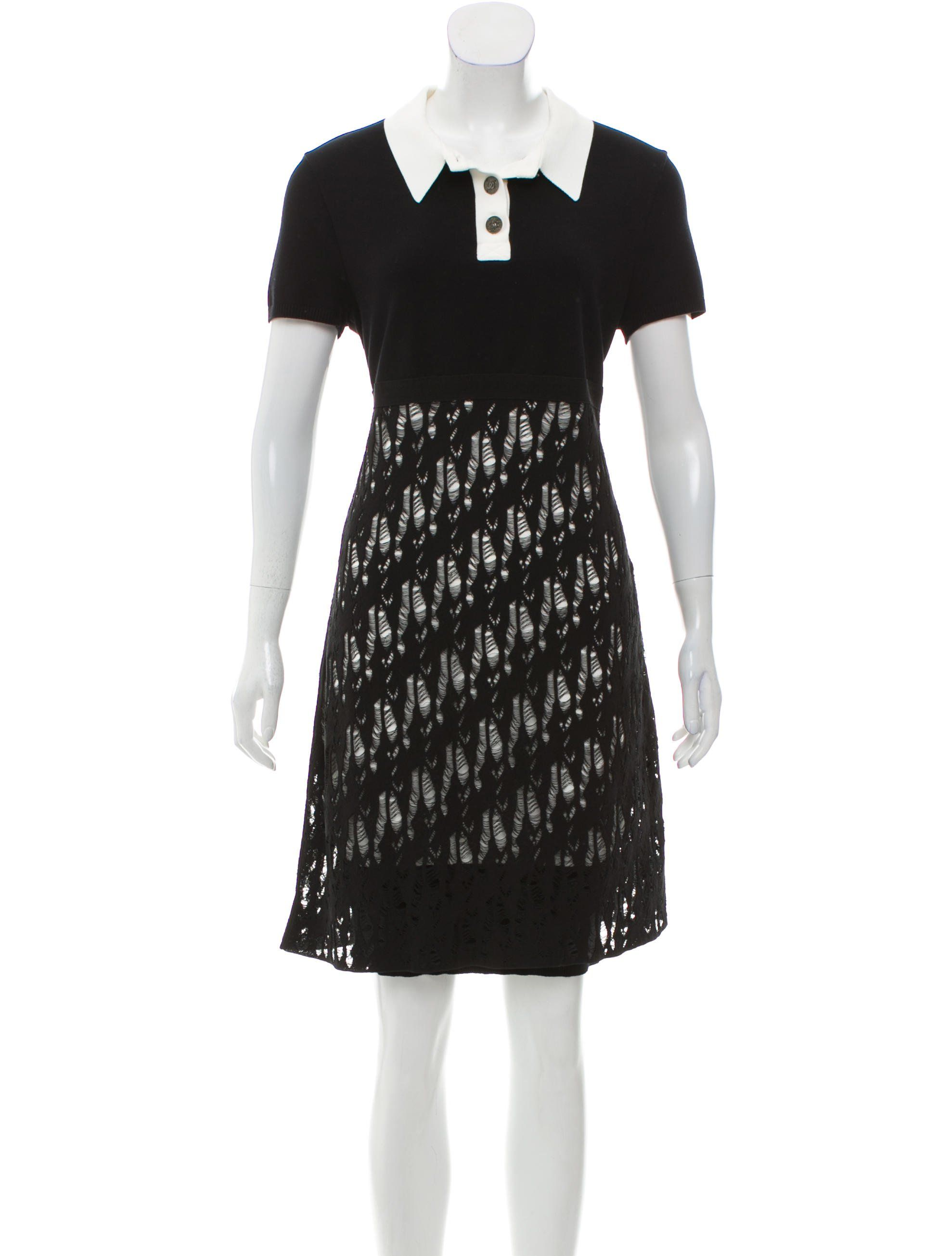 From The Spring 2012 Collection Black And Ivory Chanel Short Sleeve Knit Dress With Pointed Collar Distressed Knit Skirt And Conce Knit Dress Dresses Fashion [ 2610 x 1978 Pixel ]